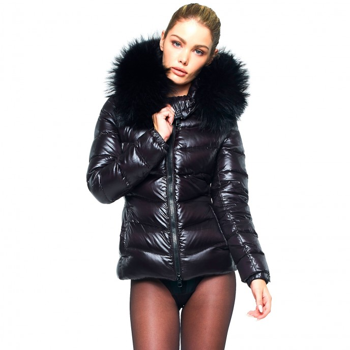 Woman Puffer Jacket with Fur Hood snowjacket winterjacket Realfur