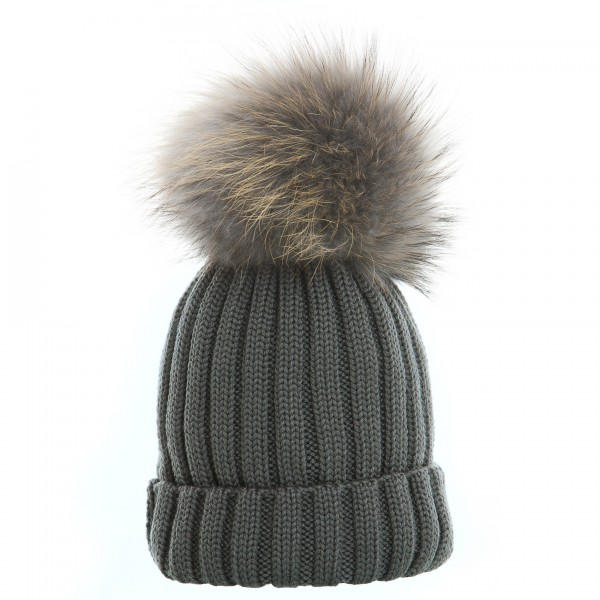Hat with fur bobble in gray
