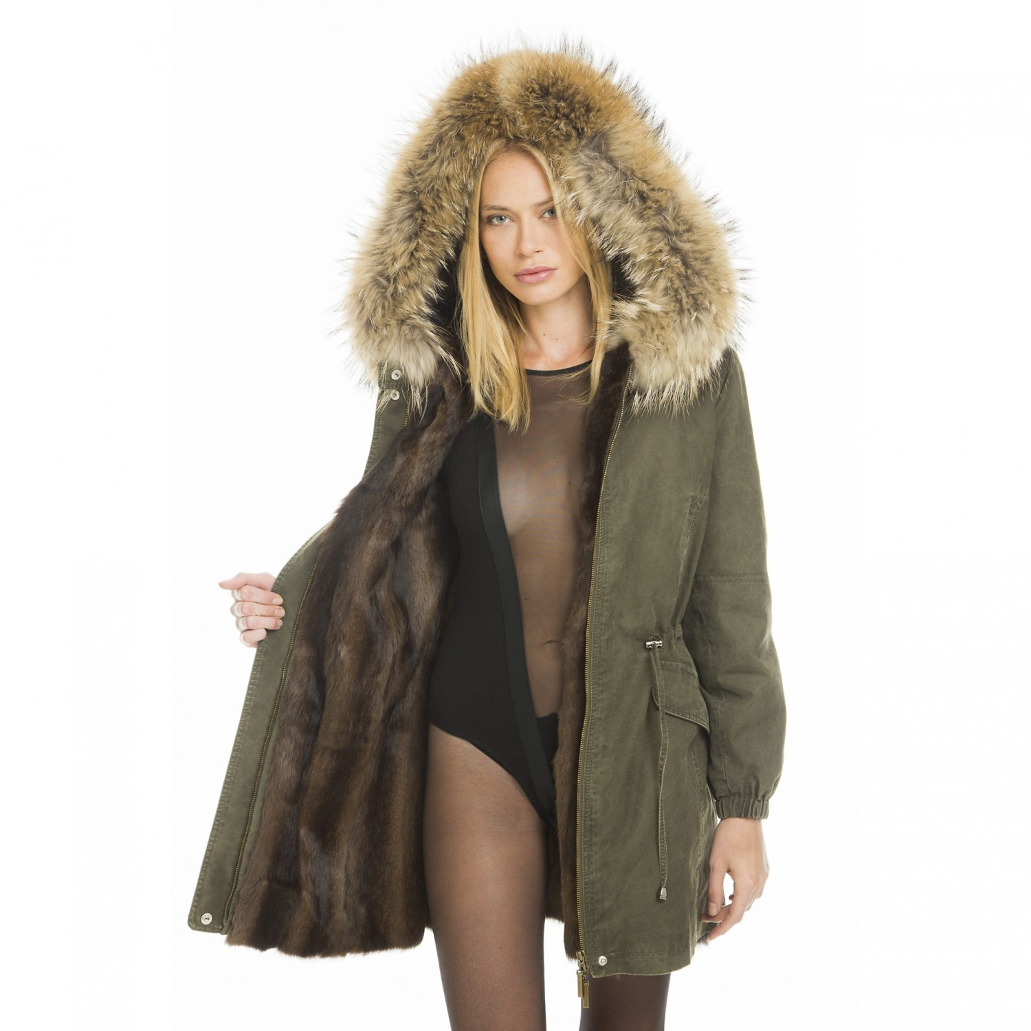 Real fur parka with a natural-colored lining